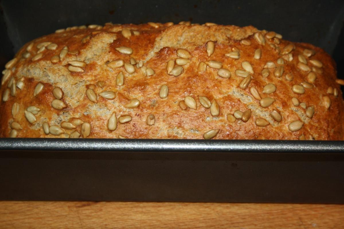 Chleb na drożdżach (bez wyrabiania)