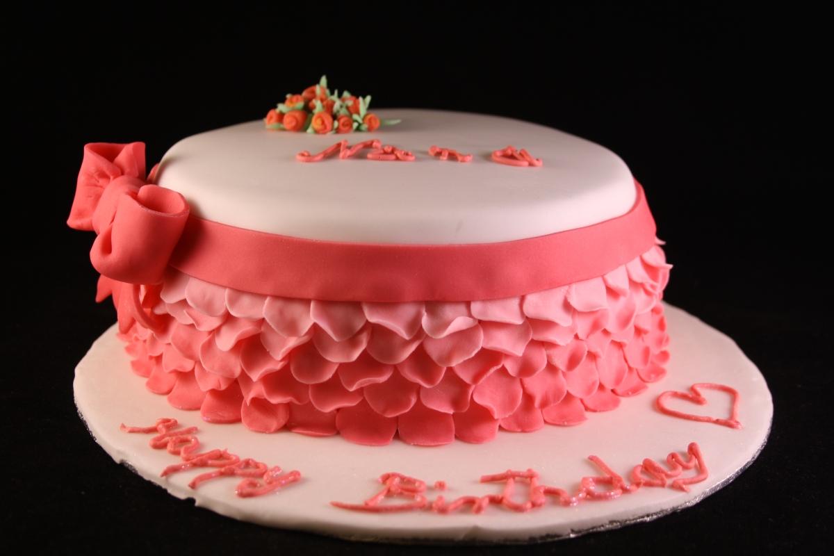Tort jak płatki róży